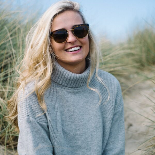 The Lambswool Roll neck – Light Grey
