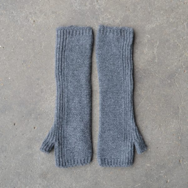 Long cashmere hand-warmers